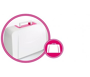 La macchina per cucire Smarter by Pfaff 160S ha la valigia rigida